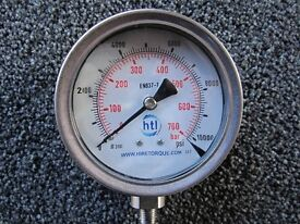 "100mm Pressure gauge, 0 - 10000psi range, 1/4"" NPT thread"