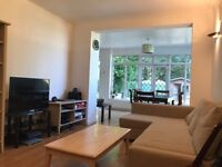 AMAZING DOUBLE ROOM IN FOREST HILL, HONOR OAK PARK