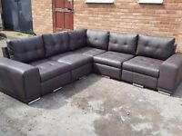 Very nice large brown leather corner sofa. 2 corner 2. 1 month old. clean and tidy. Can deliver