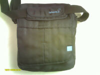 Little Used BabaBing Daytripper Lite Changing Bag Midnight Blue Excellent, Clean Condition.