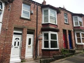 Low Fell - 3 Bed Upper flat Immaculate Condition!