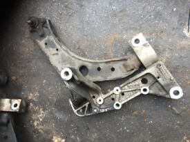 05 VW GOLF MK5 FRONT WHISBONE EACH £30 POUNDS