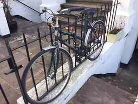 Vintage green bike available in North London