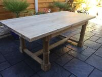 Willis & Gambia, Colinsdale Dining Table.