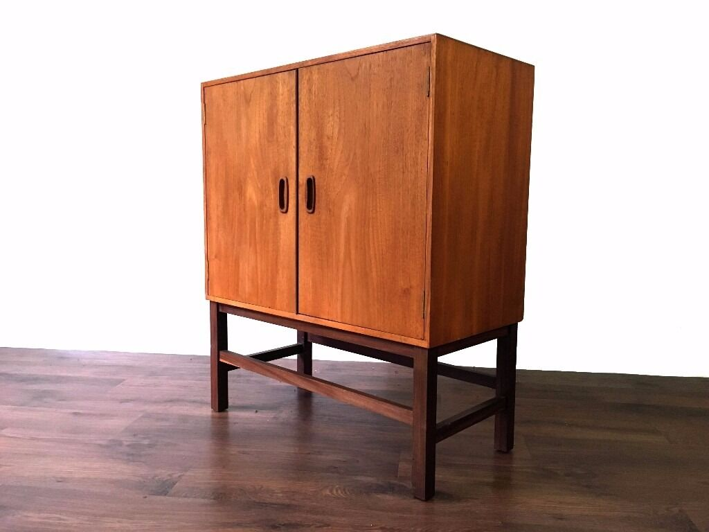 retro teak records cabinet cupboard storage mid century. Black Bedroom Furniture Sets. Home Design Ideas