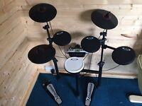 Carlsbro CD drum kit