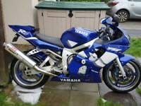 Yamaha R6 5eb. 14k miles. Fantastic condition