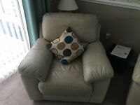 3 piece suite good condition couple of years old