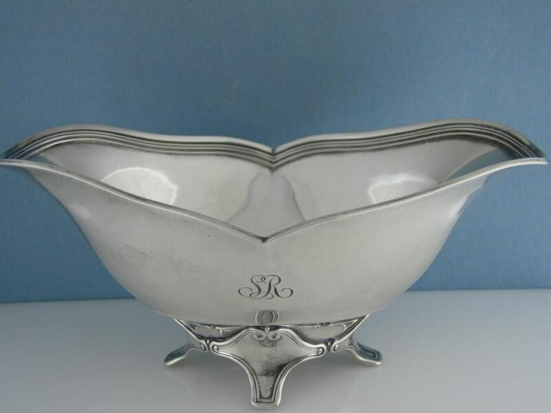 Wonderful Antique Sterling Silver TIFFANY & CO footed Sauce Boat c1903