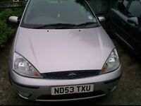 ford focus 1.6 petrol 2003 breaking for parts