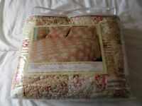 NEW Double bed cover + 2 pillowcases. Honey Rose. LOW PRICE TO SELL