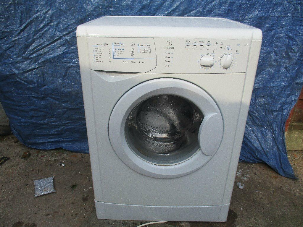 Washing machine. 6KG 2yr old Indesit washing machine , mint condition