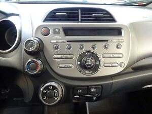 2013 Honda Fit LX 5AT *Auto*/AC/BAS KMS!!! West Island Greater Montréal image 19