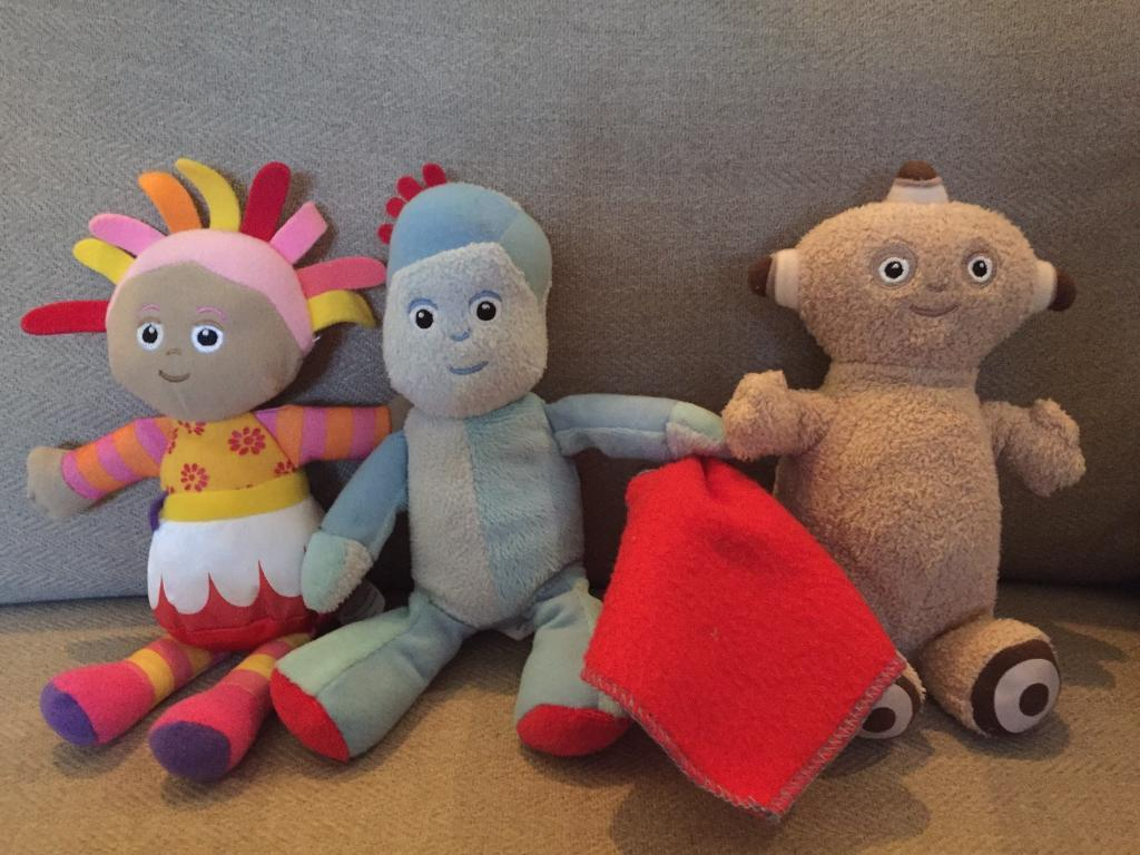 Upsy Daisy Iggle Piggle And Maca Paca Soft Toys In The