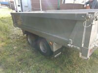 trailer for sale only used once 8x4 will carry a ton £900