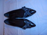 Ladies shoes - silver bow shoes