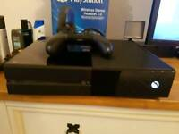 Boxed Xbox One Console 500GB with controller and leads HDD only gaming
