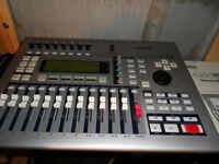 Yamaha AW16G Audio Work Station mixer cd writer