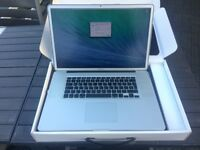 Macbook Pro 17-inch 2009 3.06 GHz Intel Core 2 Duo 1TB HD 4GB RAM HI-RES MATT SCREEN