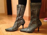 Vintage style stiletto boots size 6