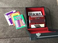 Accordion Primo as new