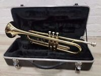 Elkhart series 2 trumpet with fitted case (DELIVERY AVAILABLE)