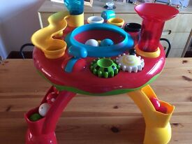 Activity table with lights and sounds for toddler