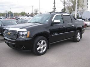 2012 Chevrolet Avalanche 1500 LTZ-4X4-AUTO-LEATHER-SUNROOF-DVD
