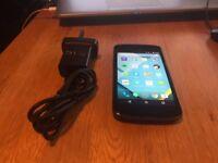 LG Nexus 4 black unlocked! good condition x