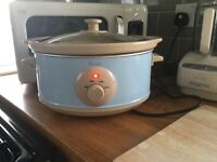 RETRO SWAN SLOW COOKER. 3.5 lts