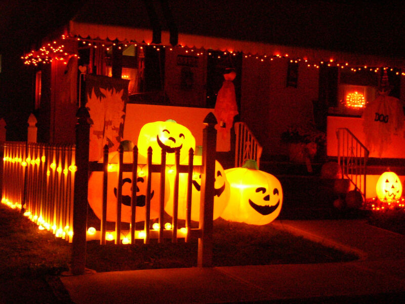 its easy to go from happy home to spooky home image courtesy david fledling