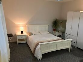 Spacious Newly decorated Large size double to rent with furnished - £600