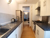 Stunning 2 Double Bedroom Located in the Heart of Finsbury Park Mins Walk to Stroud Green & FP Tube