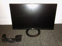 Asus LED LCD / SPARE or REPARE