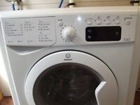 INDESIT WASHER DRYER ( ALL IN ONE 7kg wash & 5kg Dry) FULLY REFURBISHED COMES WITH 3 MONTHS WARRANTY
