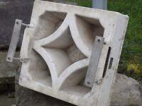 Screen block mould