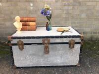 VINTAGE TRUNK CHEST FREE DELIVERY STORAGE BOX COFFEE TABLE 🇬🇧