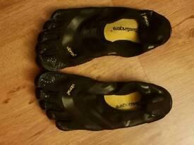 Vibram five toe trainer