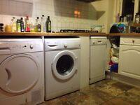 Large / Modern Double En-Suite Room To Let In Hemel Hemstead Near Maylands HP2 6DA - Available NOW