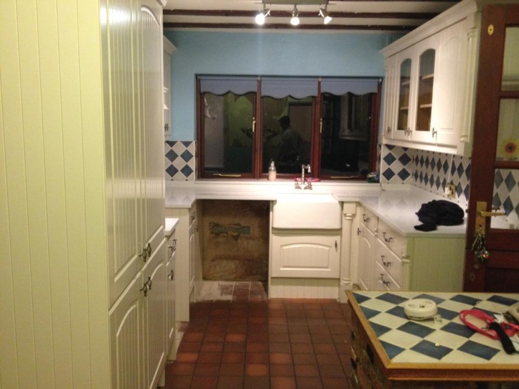 Kitchen Cabinets For Sale Asap In Isle Of Dogs London Gumtree