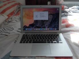 macbook air 13in early 2015 perfect condition