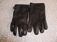 Gloves mens soft brown leather.