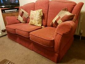 sofa and 2 chairs (3,1,1)