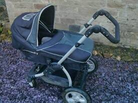 Pram/ pushchair and carseat