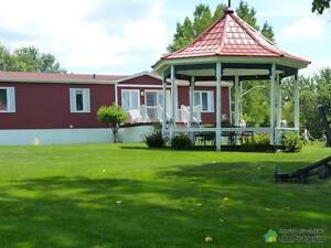 298 000$ - Maison modulaire à vendre à St-Denis-sur-Richelieu Saint-Hyacinthe Québec image 2