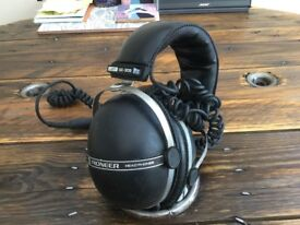 Pioneer headphones SE-305 Classic Retro Laskys Used