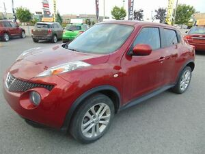 2013 Nissan Juke SV, Toit ouvrant, Mags, Bluetooth!