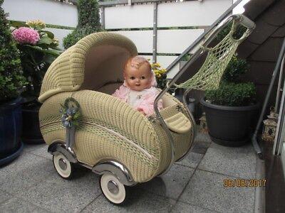 Sehr schöner alter Korb Puppenwagen 50er Jahre, Kinderwagen  mit Netz