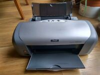 Epson Stylus Photo R220 printer with CD Printing.