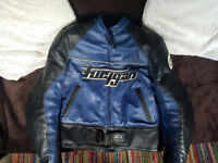 Armoured Furygan leather will full thermal lining. Open to sensible offers